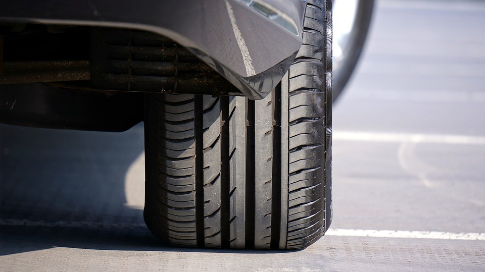 How Do I Know If My Wheels Are Out Of Alignment?