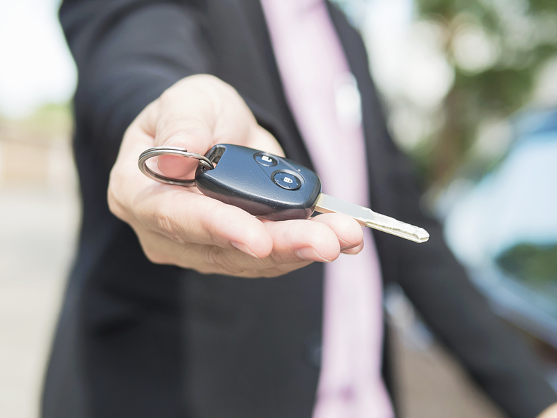Six Tips While Selling Your Car Online For Safe Sale