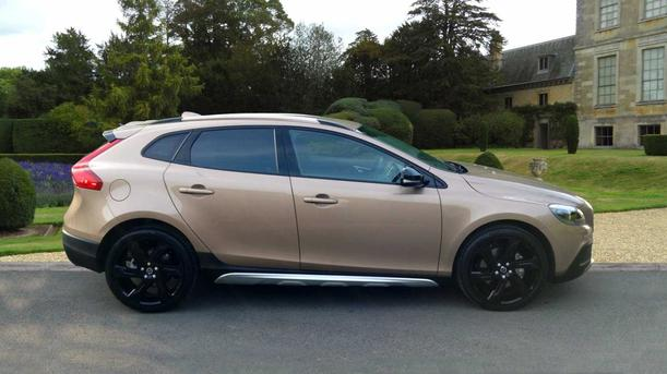 Volvo V40 2000kW for sale Snows Volvo Winchester