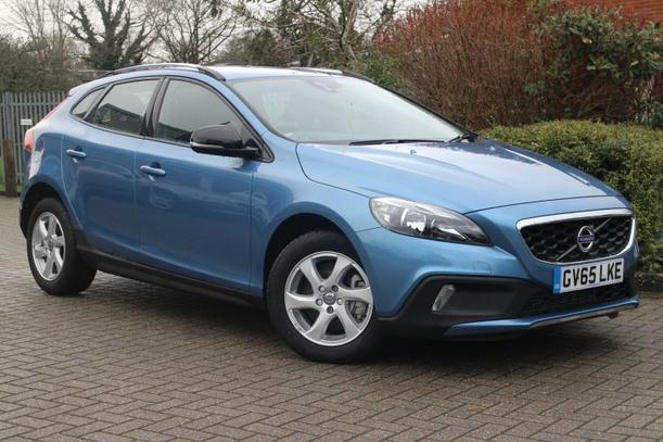 Volvo V40 Cross Country 1969kW for sale Doves Volvo Croydon