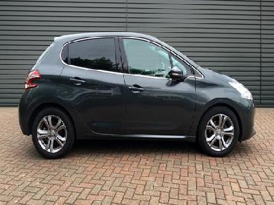 Peugeot 208 1560KW for sale Robins & Day Peugeot Maidstone